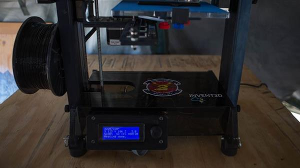 us-marines-test-invent3d-printer-in-the-field-3